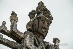 宮崎県の高鍋大師へ 個性的な造形の仏像群と一人の男の熱い想い